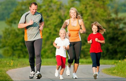 family running for weight loss