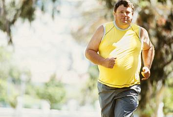 overweight man running for weight loss